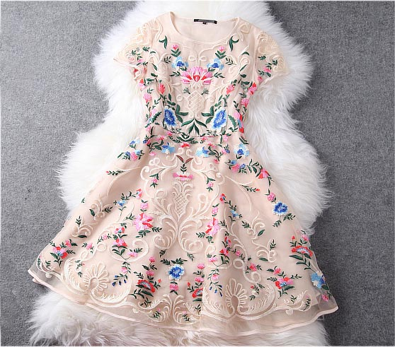 Sexy Luxury Designer Gorgeous Embroidered Lace Dress