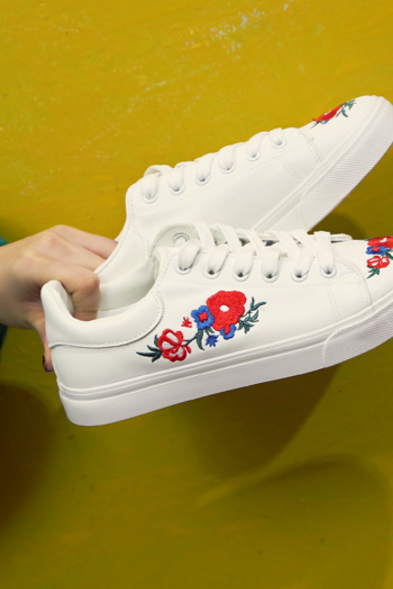Leather Sneakers Featuring Floral Embroidery Detailing
